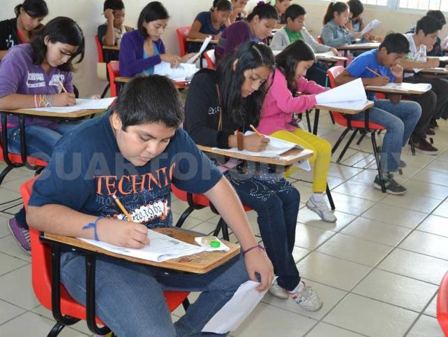 Presentan campaña contra rezago educativo