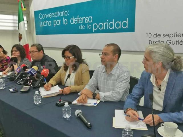 """La ley en el estado no da lugar a """"Manuelitas"""": INE"""