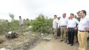 Peña Nieto dialoga con damnificados por tornado