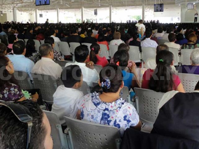 Aspecto de las asambleas de los Testigos de Jehová. CP