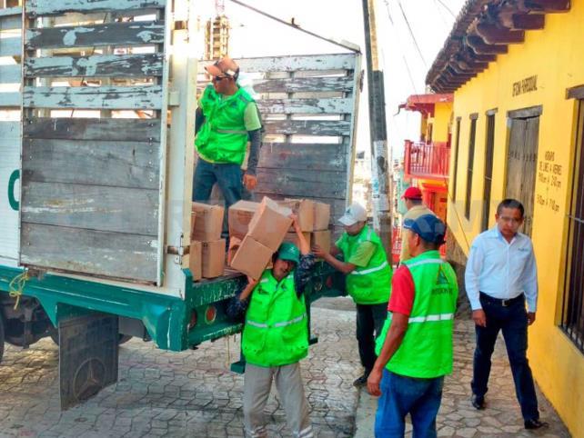 Brinda Gobierno ayuda a familias desplazadas