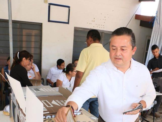 Confía Carlos Molano en jornada tranquila