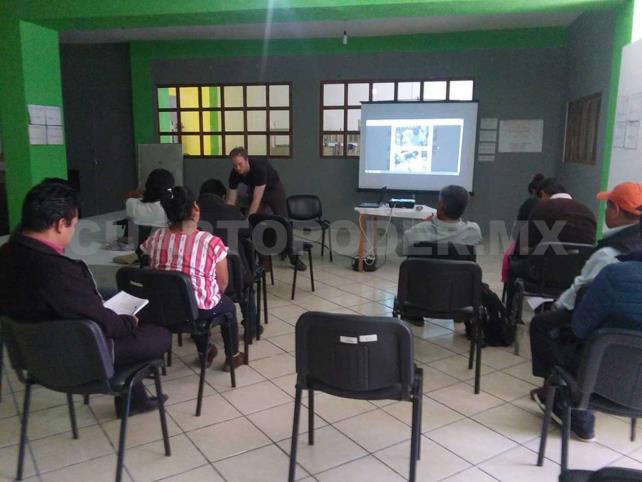 Celali concluye el taller Composición Fotográfica