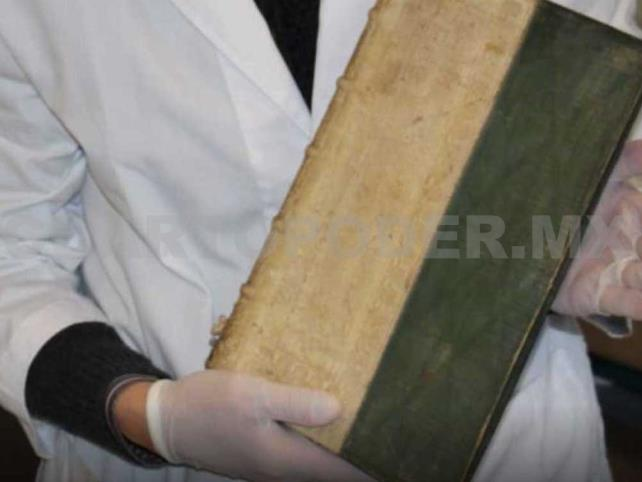 Descubren 3 libros envenenados en Dinamarca