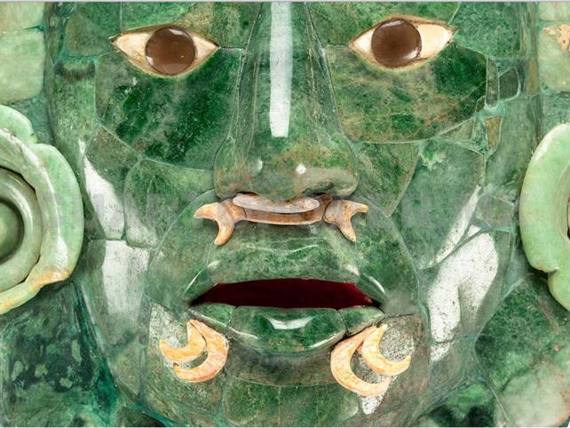 Exhiben la Máscara de Calakmul