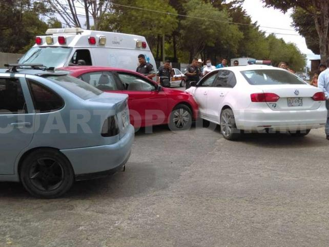 Dos personas heridas en accidente múltiple