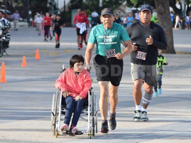 Tuxtlecos corrieron 5 km, este domingo