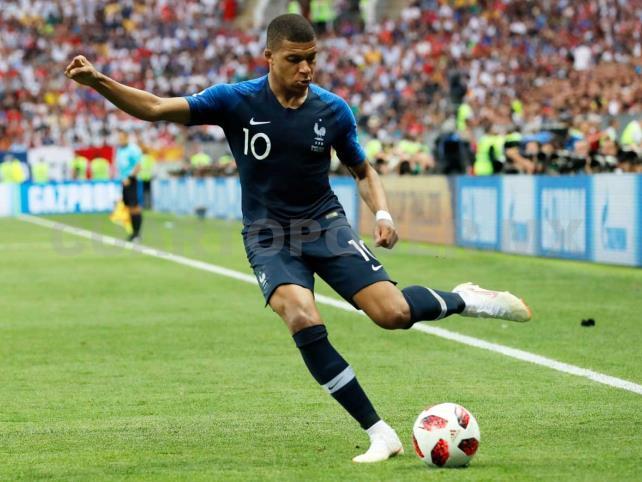 """Grizou"" rima con ""Zizou"", y Kylian  Mbappé con ""Pelé"""