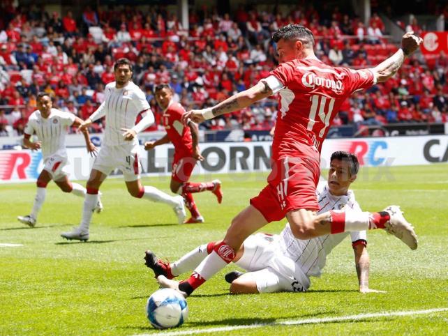 Toluca y Guadalajara empatan a dos goles