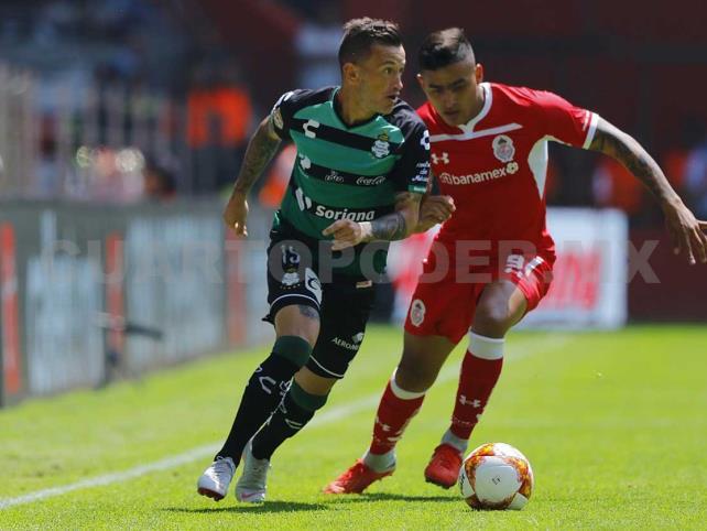 Toluca remonta y vence 2-1 a Santos