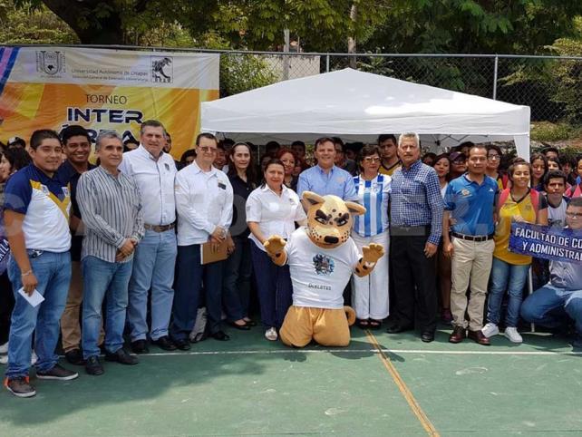 Participan jóvenes en Torneo Inter-áreas