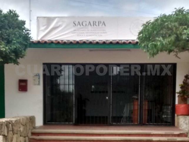 Amenazan con tomar la delegación de la Sagarpa