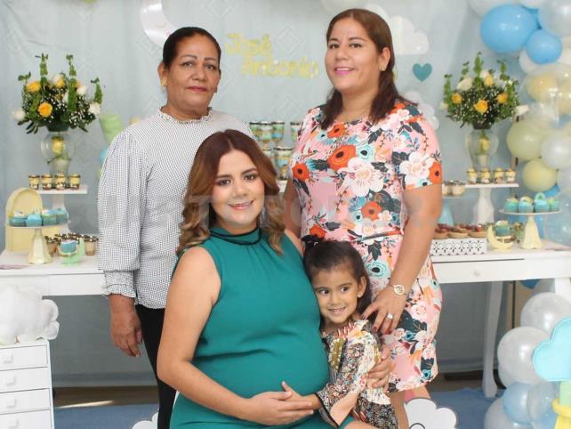 José Antonio pronto nacerá