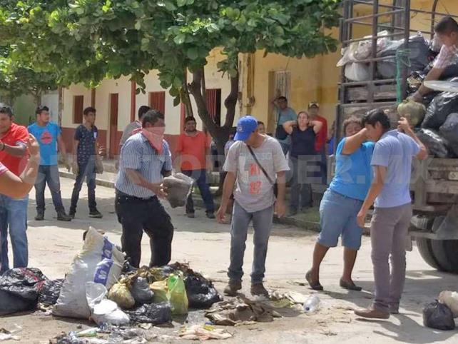 Levantan toneladas de basuras en Mapastepec