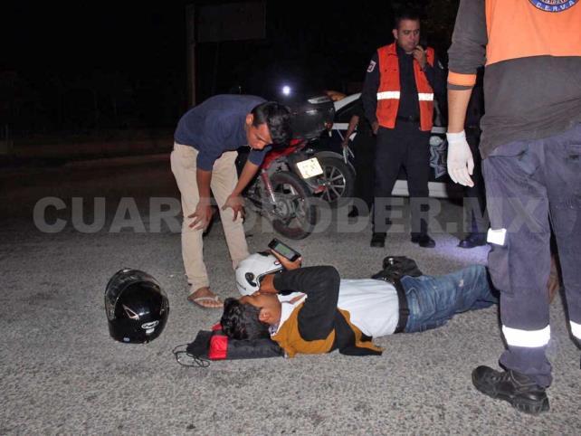"""Motociclista es golpeado por vehículo """"fantasma"""""""