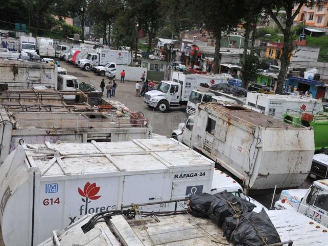 Xalapa, en crisis por basura