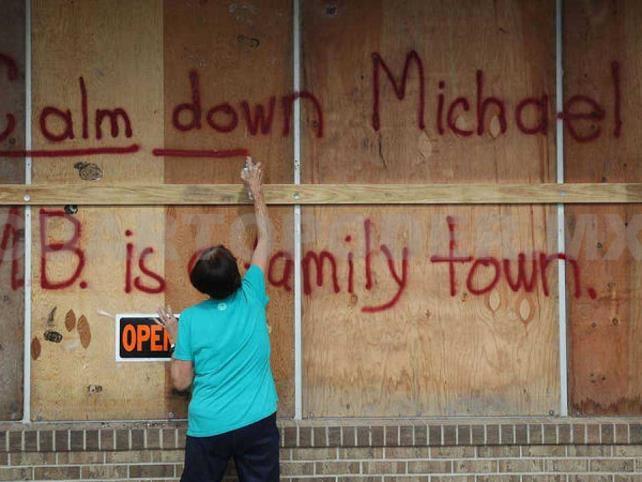 Poderoso huracán Michael toca tierra en Florida