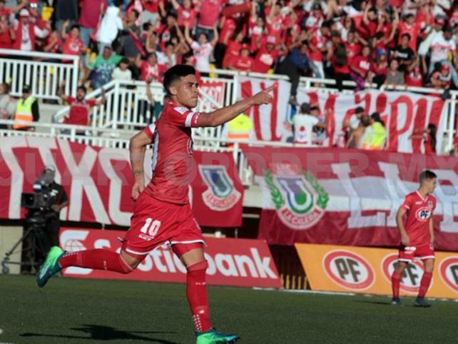 Brian Fernández desea jugar en el Colo Colo