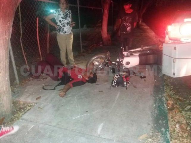 """Motociclista es impactado por vehículo """"fantasma"""""""
