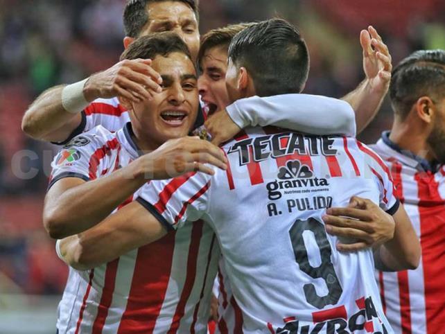 Año Nuevo, Chivas nuevas que por fin ganaron en casa