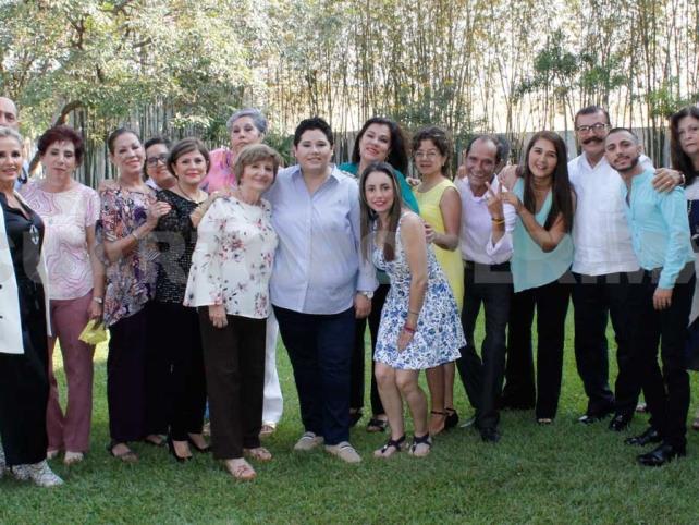 Luz María festejó un año más