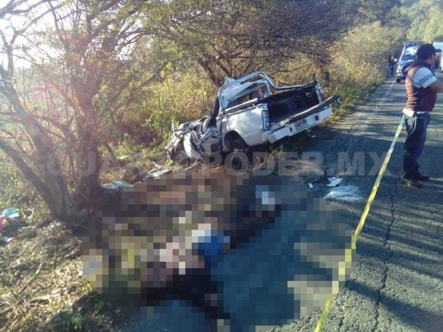 Tres muertos y tres heridos en accidente carretero