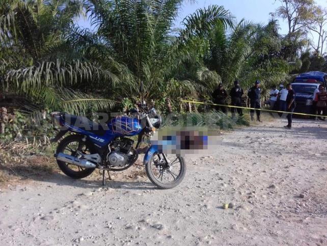 Asesinan de tres balazos a un agricultor en Huixtla