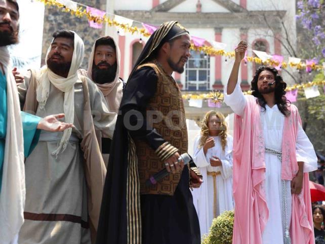 En Domingo de Ramos, celebran Año Nuevo