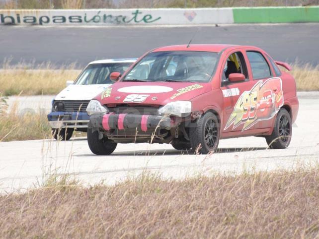 Eugenio Román lidera la actividad en el CARS
