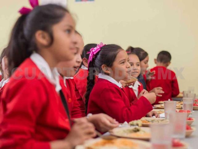 Cambian menú en escuelas