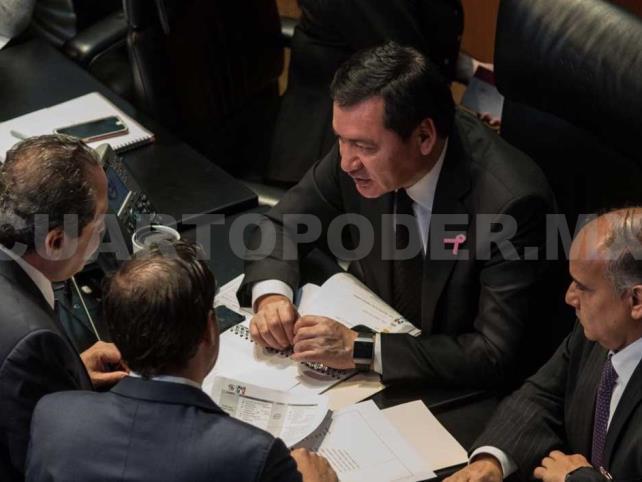 AMLO desconoce las funciones legislativas