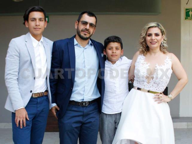 José Carlos hizo su primera comunión