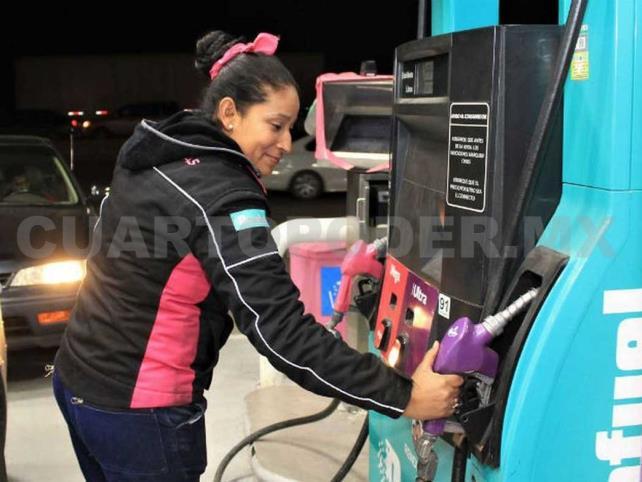 Gasolinera que da más barato impide verificar bombas