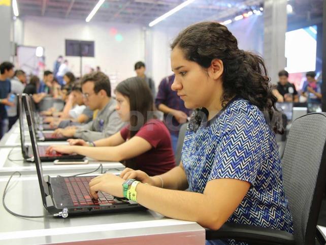 Más de mil 600 jóvenes cuentan con posgrado