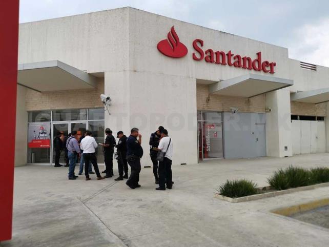 Sujetos armados asaltaron la sucursal de Santander