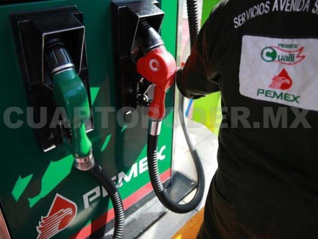 Piden a AMLO frenar aumento a gasolina