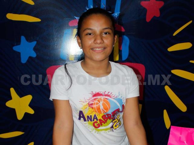 Ana Gabriela cumplió 12 años