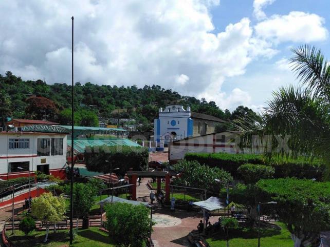 Habra consulta en el municipio de Chilón