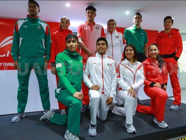 Presentan uniformes para la delegación mexicana