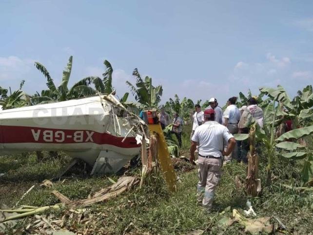 Muere piloto al desplomarse avioneta en una bananera