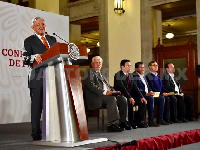 López Obrador exige disculpas de Financial Times
