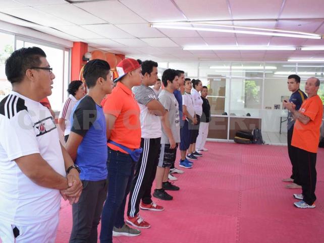 Entrenadores de Artes Marciales se capacitaron