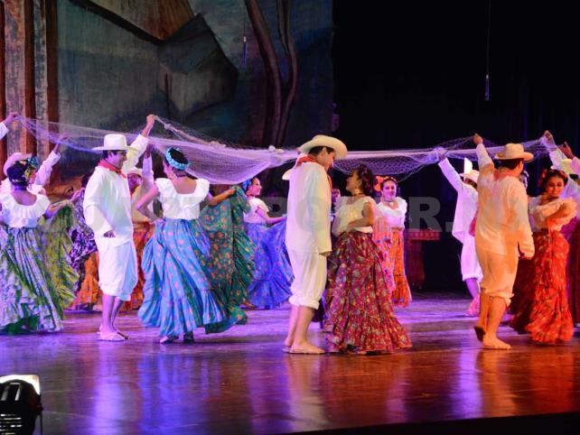 Abren Diplomado en Danza Tradicional Mexicana