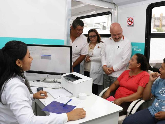 Instalan UnidadesMédicas Itinerantes