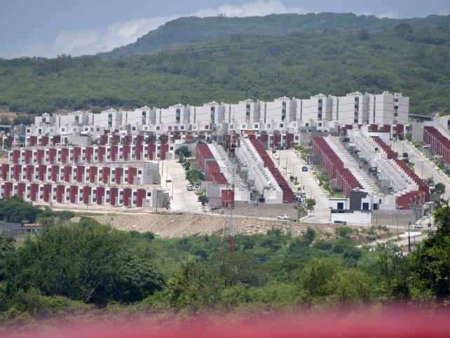 Industria de vivienda opera al 13% de su capacidad