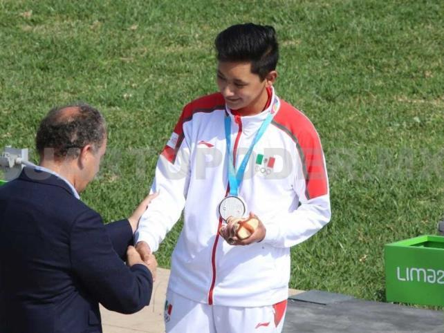 Edson Ramírez consigue la plata en rifle de aire
