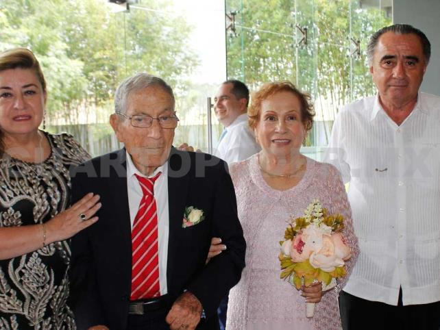 Festejaron sus bodas de diamante