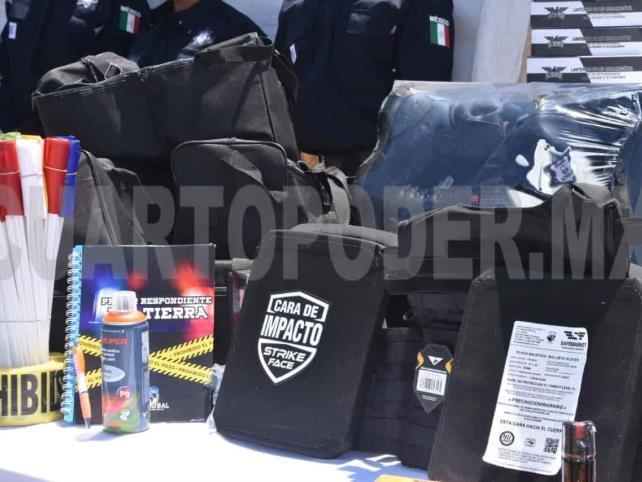 Rosales Zuarth gestiona equipamiento para policías
