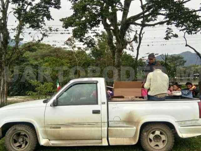 """Roban camioneta de """"Las Patronas"""""""