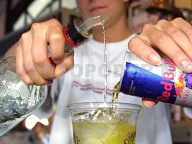 Reactivarán impuesto a bebidas energéticas